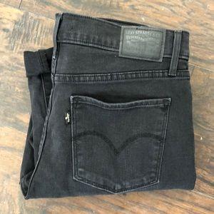 Levi's 311 shaping skinny 30x34 black skinny jean